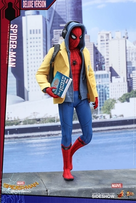 Picture of Spider-Man Deluxe Version  Homecoming 1:6 Figure Hot Toys