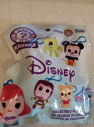 Picture of FUNKO DISNEY/PIXAR MYSTERY MINI PLUSHIE KEYCHAIN