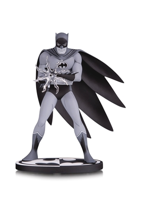 Picture of BATMAN BLACK & WHITE BATMAN STATUE BY JIRO KUWATA