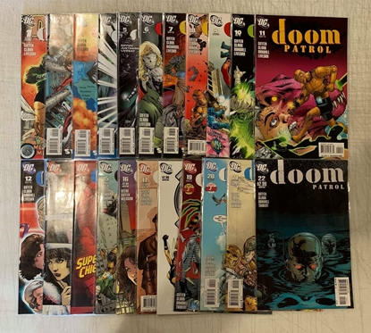 Picture of DOOM PATROL (2001) #1-22 SET VF/NM