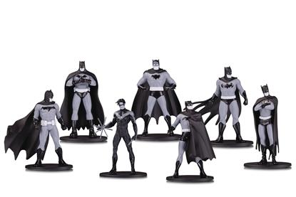 Picture of BATMAN BLACK & WHITE MINI PVC FIGURE 7 PACK SET 1