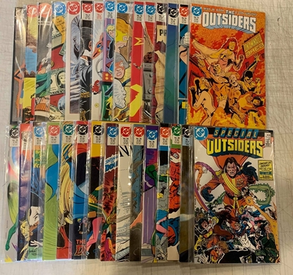 Picture of THE OUTSIDERS (1985) 1-28 + ANNUAL + SPECIAL #1 COMPLETE SET