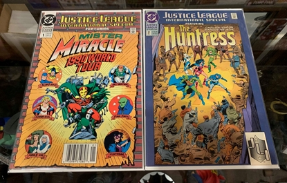 Picture of JUSTICE LEAGUE INTERNATIONAL (1990) #1-2 SET VF/NM