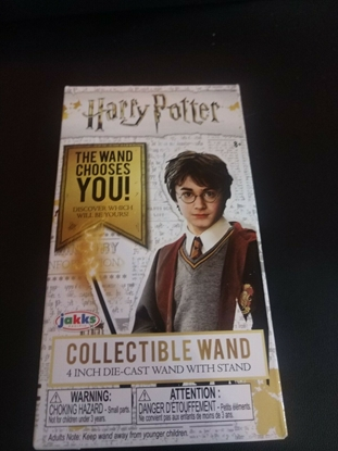 Picture of HARRY POTTER DIE CAST WAND SERIES 4 NEW