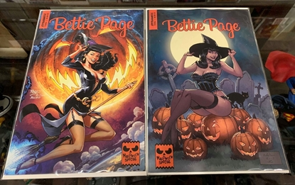 Picture of BETTIE PAGE HALLOWEEN SPECIAL ONE SHOT (2019) CVR A ROYLE & B BROWN SET NM