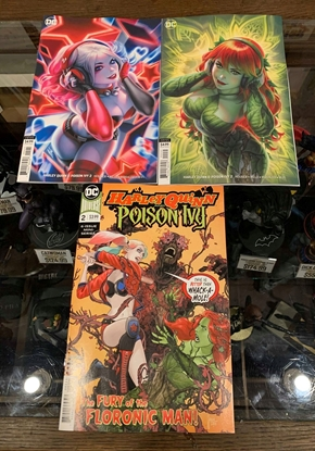 Picture of HARLEY QUINN & POISON IVY #2 1ST PRINT & CARD STOCK 3 COVER SET NM