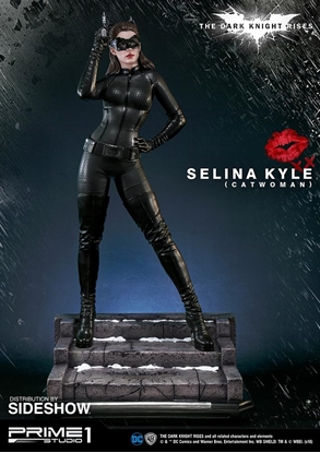 Picture of SELINA KYLE CATWOMAN PRIME 1 SCALE STATUE DARK KNIGHT RISES