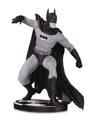 Picture of BATMAN BLACK & WHITE BATMAN BY GENE COLAN STATUE