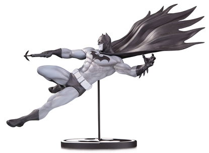 Picture of BATMAN BLACK & WHITE STATUE BY DOUG MAHNKE