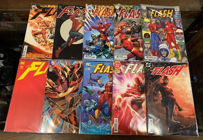 Picture of FLASH #750 10 CVR SET 1ST PRINT 40S 50S 60S 70S 80S 90S 2000S NM