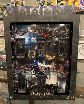 Picture of HOT TOYS BATMAN: ARKHAM KNIGHT ARMORY MINIATURE SET SIDESHOW