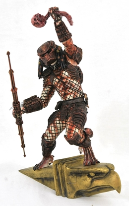 Picture of PREDATOR 2 GALLERY HUNTER PVC STATUE