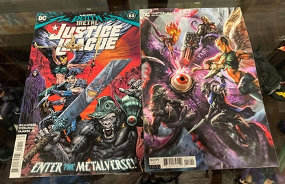 Picture of JUSTICE LEAGUE #53 CVR A & B  (DARK NIGHTS DEATH METAL) COVER SET NM