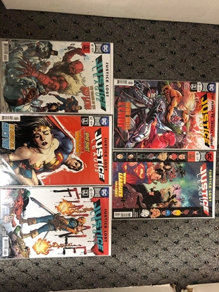 Picture of JUSTICE LEAGUE 2018 #39 40 41 42 43 / JUSTICE LOST / 1ST PRINT SET NM