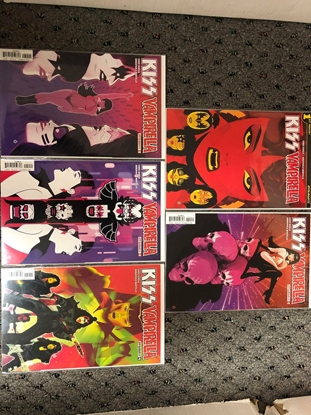 Picture of KISS VAMPIRELLA #1 2 3 4 5 / COVER A 1ST PRINT SET / DYNAMITE NM