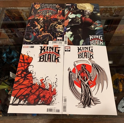 Picture of KING IN BLACK #2 1ST PRINT, YU, TATTOO & SPOLIER CVR SET