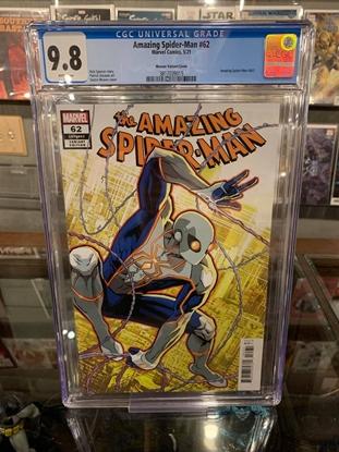Picture of AMAZING SPIDER-MAN (2018) #62 CGC 9.8 NM/MT WP (NEW COSTUME) 1:10 VARIANT
