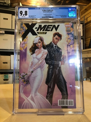 Picture of X-MEN GOLD #30 / CGC 9.8 NM/MT / CAMPBELL VARIANT COVER B