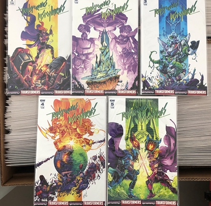 Picture of TRANSFORMERS VS THE VISIONARIES #1 2 3 4 5 / COVER A 1ST PRINT SET IDW NM