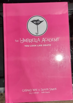 Picture of UMBRELLA ACADEMY YOU LOOK LIKE DEATH LIBRARY ED HC (C: 0-1-2